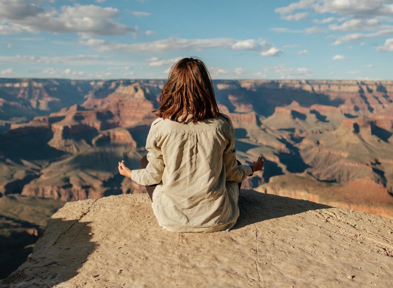 La conciencia plena: ¿cómo puede beneficiar la salud y cómo integrarla en tu vida diaria?
