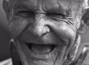 Carcajadas para combatir el Parkinson