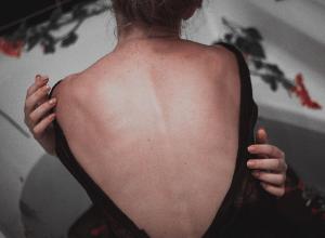 El diagnóstico de la espondilitis anquilosante contado por los miembros de Carenity