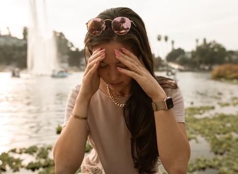 Conmoción cerebral: vivir con ansiedad por la falta de recuerdos