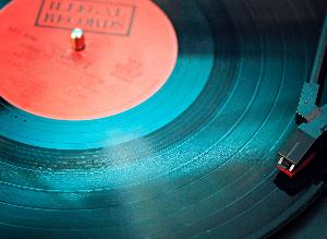 Esclerosis múltiple: escritura y música para combatir el handicap
