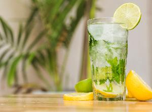 Limonada de té verde