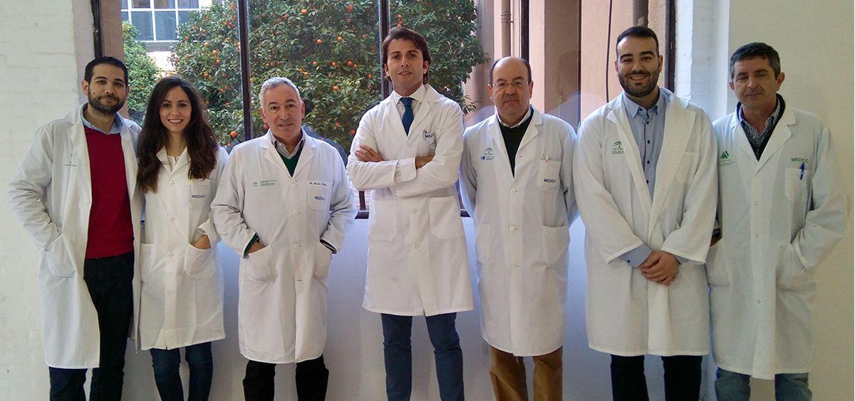 Parte de los miembros de la UGC de Dermatología del Hospital Regional